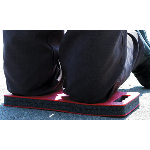 Multi purpose kneeling mat