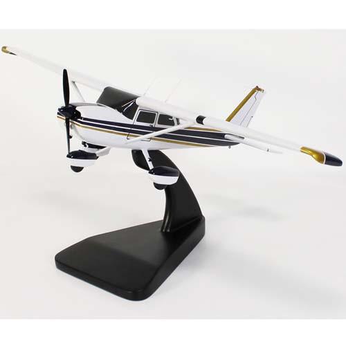 Wooden MODEL - Cessna 152/172